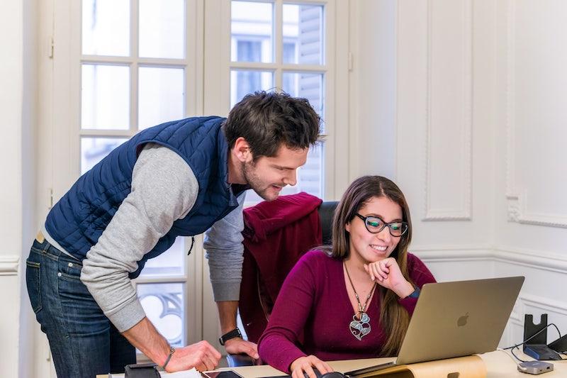 5-étapes-pour-faire-entrer-votre-entreprise-dans-lère-de-lapprentissage-numérique