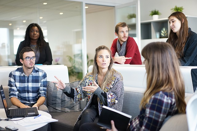 reseau-social-d-entreprise-commencer-par-la-plateforme-lms